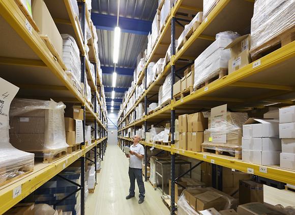 77 B3621 magazijn Maarten controle